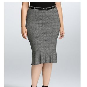 Torrid Plaid pencil skirt  size 16